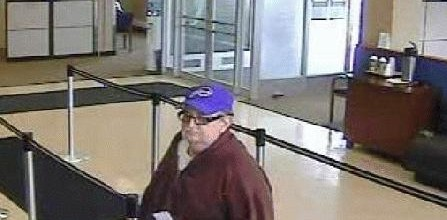 Man robs #Chase Bank on Portland Avenue
